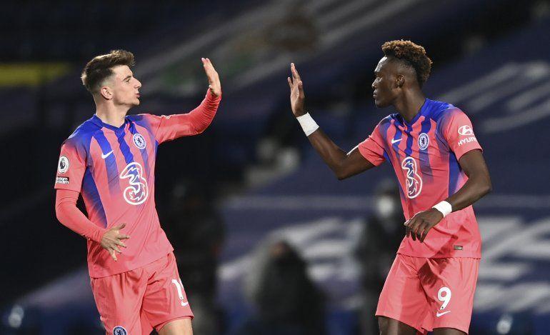 Chelsea borra déficit de 3 goles y empata 3-3 con West Brom