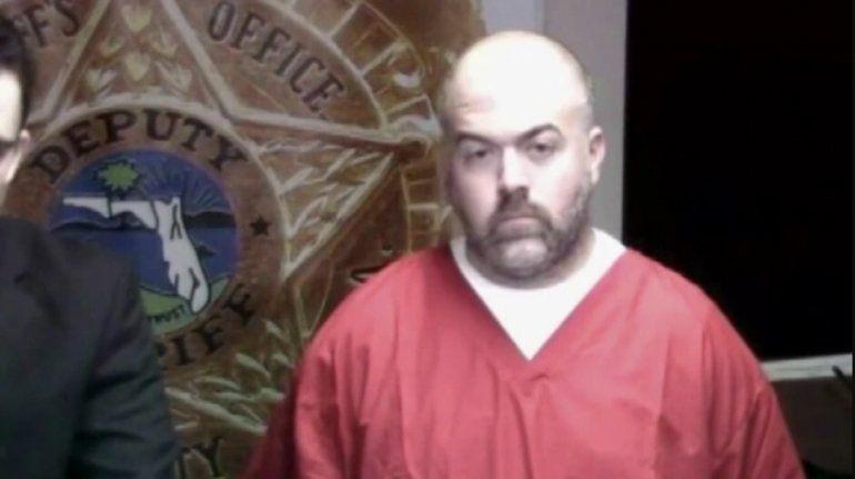 Exoficial de prisiones en Miami-Dade condenado a 10 años por violar a mujeres