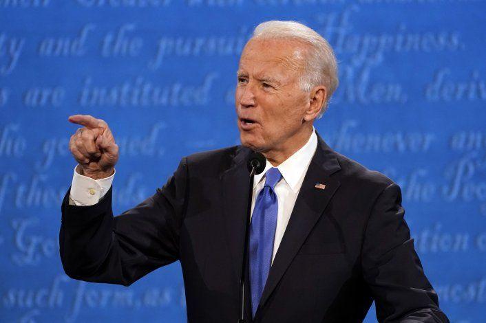 Biden pide transición del petróleo, republicanos responden
