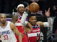 clippers ganan a wizards 135-116, cortan racha de washington