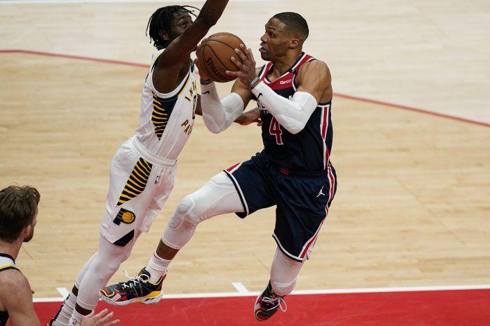 Westbrook impulsa a los Wizards, que vencen 154-141 a Pacers