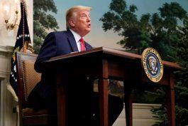 trump perdona a su exasesor steve bannon y a otras 70 personas en el ultimo dia de su mandato