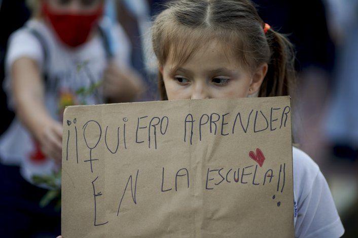 Tribunal ordena reanudar clases presenciales en Buenos Aires