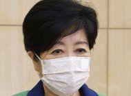 gobernadora de tokio se toma descanso previo a los juegos
