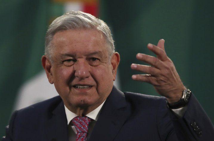 México: Intruso ingresa a conferencia de prensa de AMLO