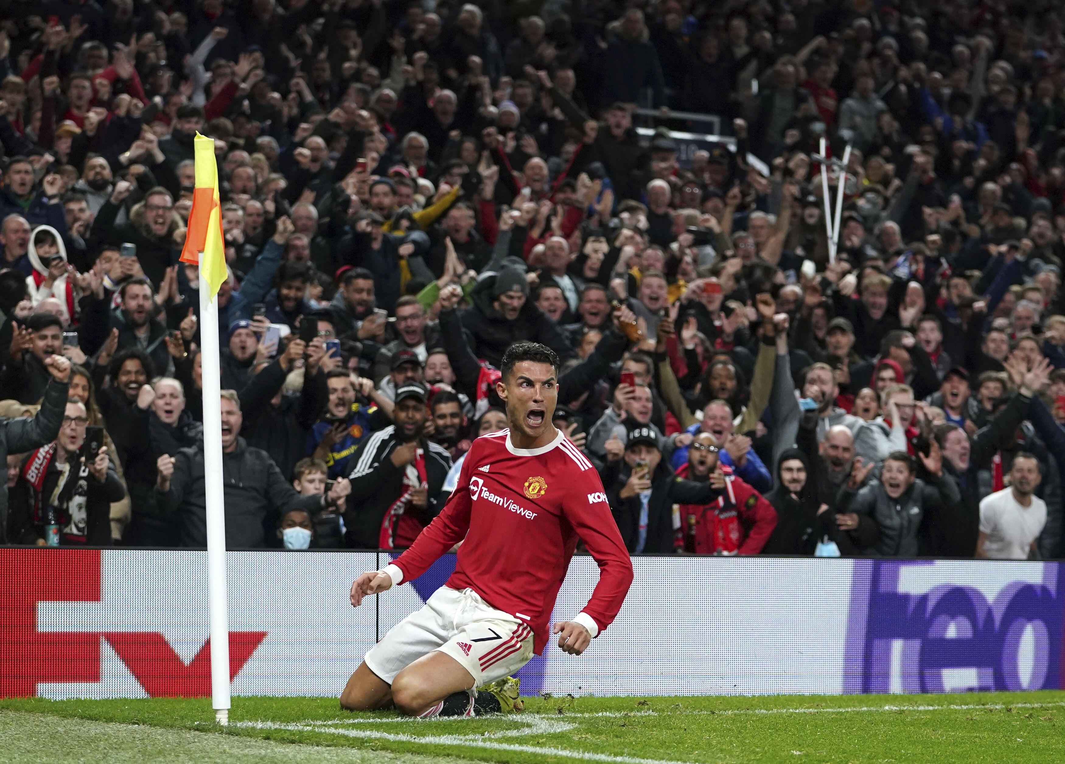 otro gol de cristiano salva al united en la champions