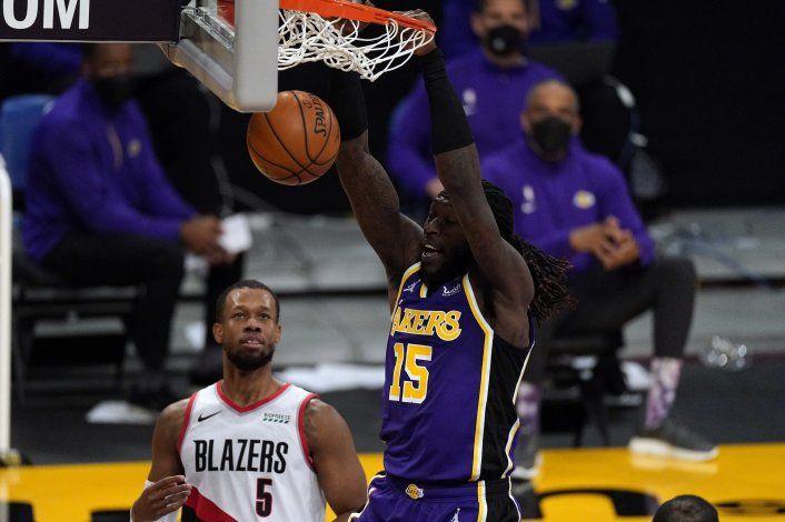 Schröder regresa, Lakers ganan a Blazers y frenan mala racha