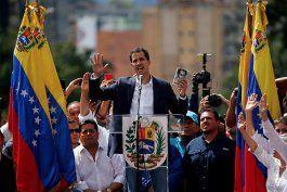 guaido propone negociar con gobierno de maduro en venezuela