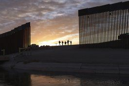 biden regersara fondos desviados para muro fronterizo