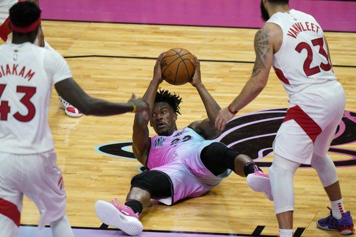 Butler guía al Heat a su 4ta victoria consecutiva