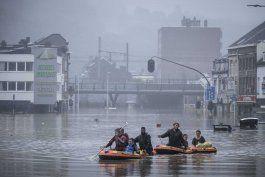 expertos: inundaciones en europa resaltan urgencia climatica
