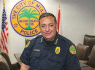 el jefe de policia de miami, art acevedo, enfrenta interrogatorio de comisionados