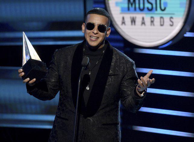 Yankee, Karol G y Nicky Jam encabezan la Semana de Billboard