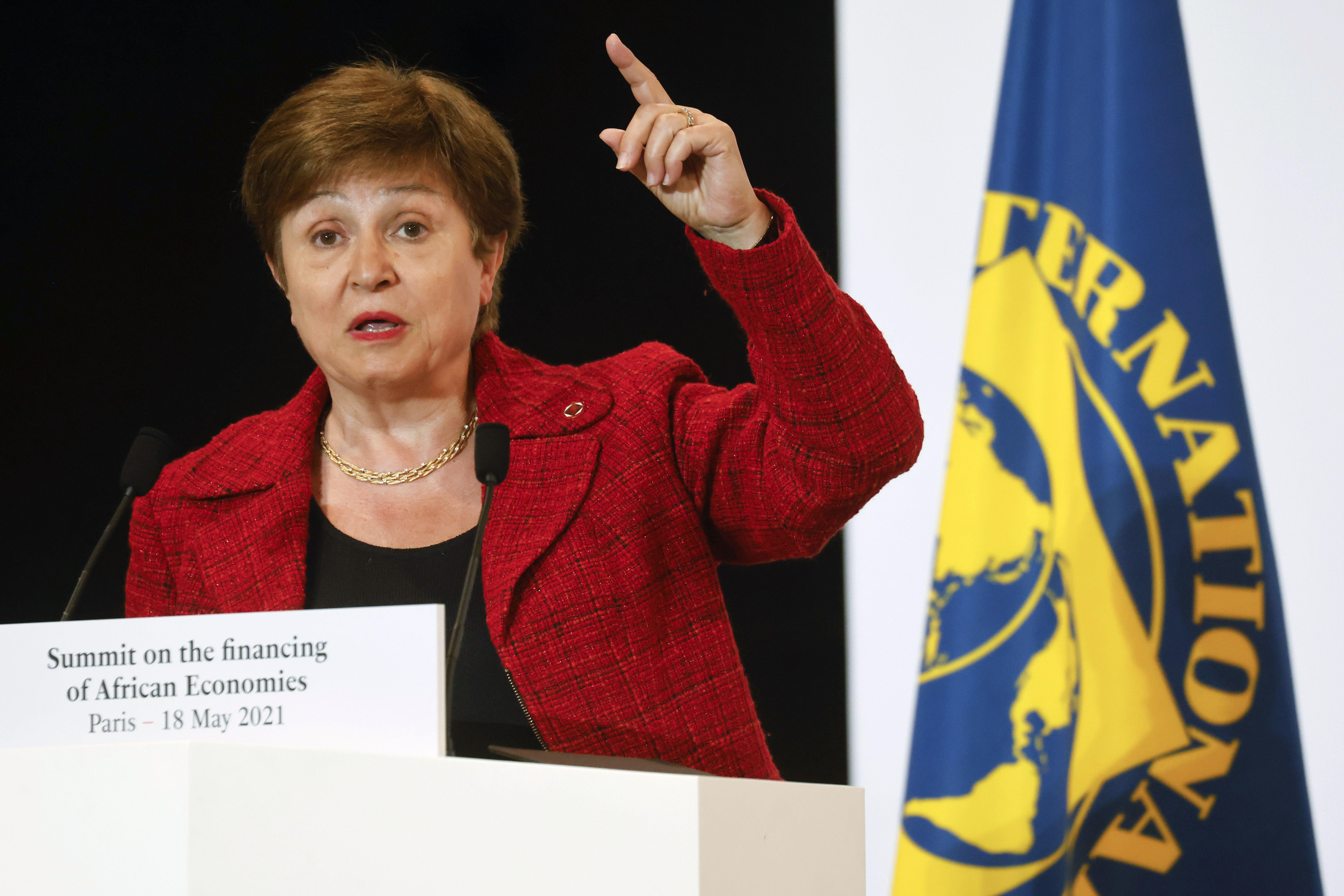 directora del fmi defiende sus acciones ante senalamientos