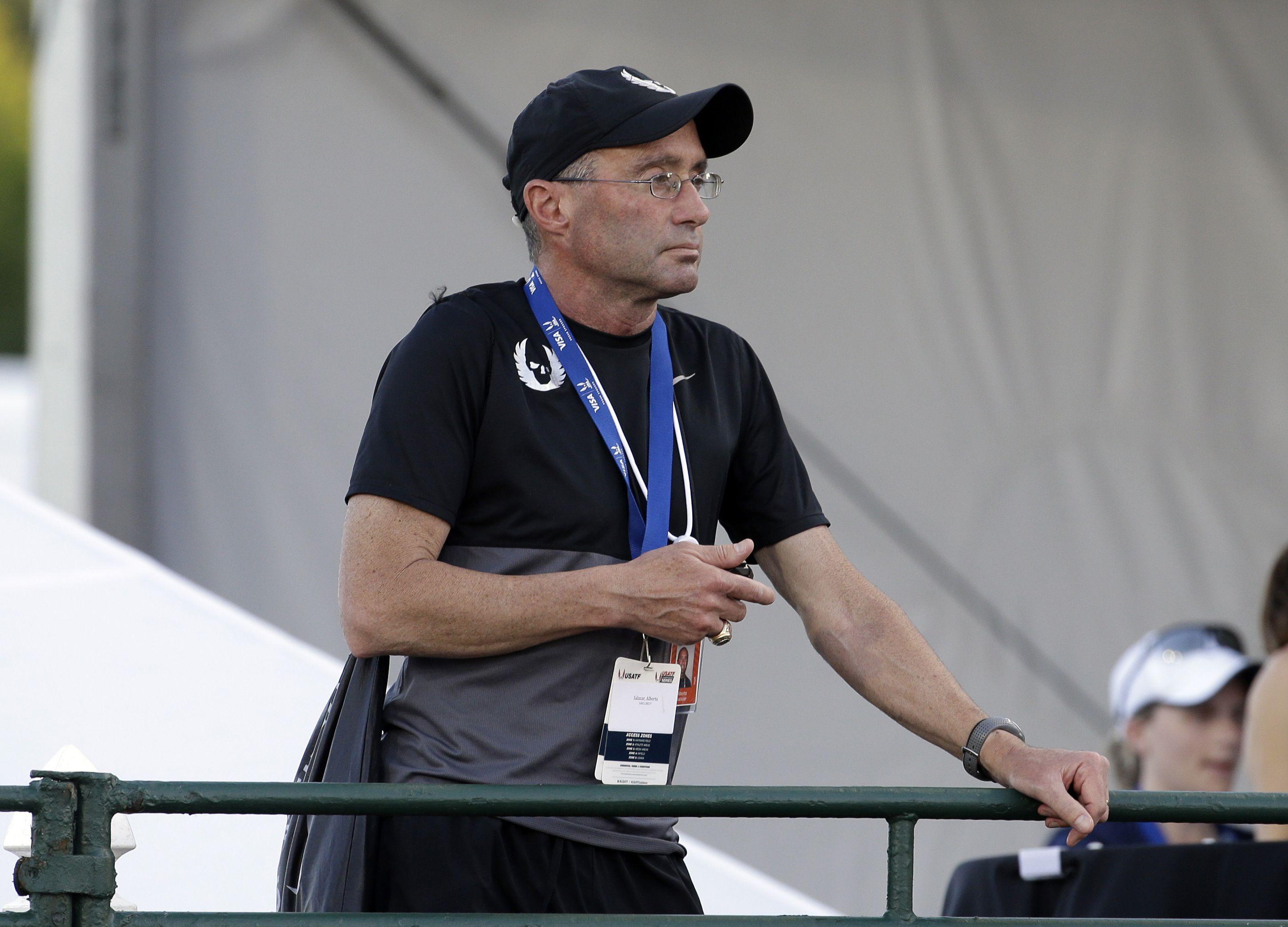 ratifican veto de 4 anos al entrenador de atletismo salazar
