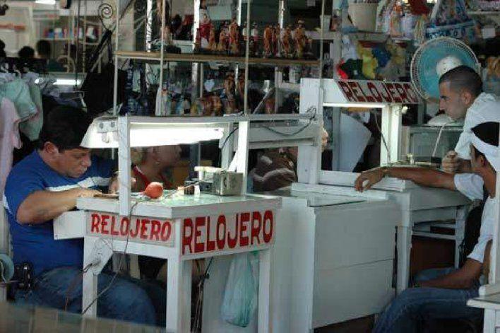 Entra en vigor la resolución que autoriza las micro, pequeñas y medianas empresas en Cuba bajo numerosas restricciones
