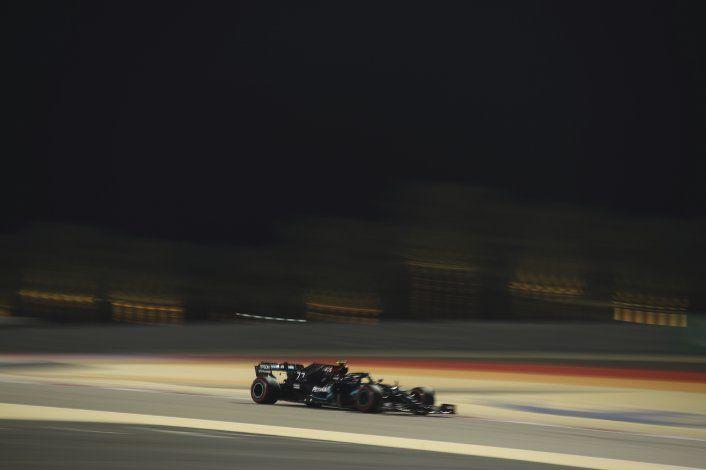 Verstappen encabeza 3ra práctica en Bahréin
