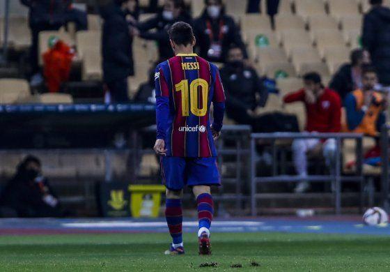 Dos partidos de sanción a Messi por pegarle a rival