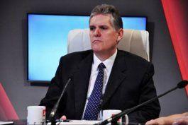 alejandro gil dice que permitir a los cubanos realizar importaciones no ayudaria a proteger a la economia ni a la poblacion