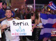cientos de exiliados cubanos de miami salieron a las calles en apoyo a las manifestacion contra la dictadura