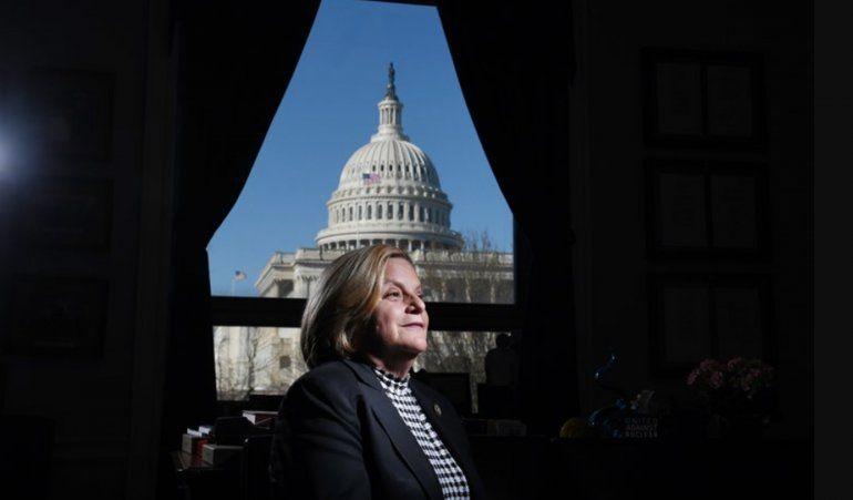 Abogado defiende inocencia de ex congresista cubanoamericana, Ileana-Ros Lehtinen