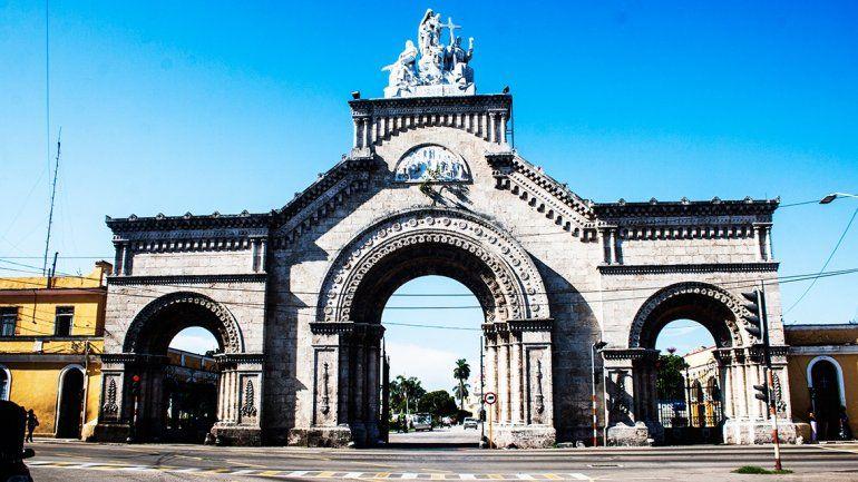 La Cuba del Recuerdo / El Cementerio de Colon en la Habana