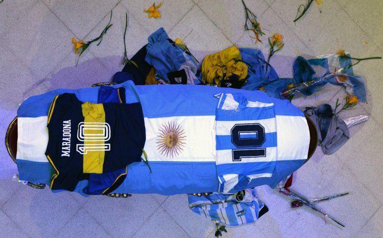 El terrible informe sobre la agonía de Maradona: Comenzó a morir 12 horas antes