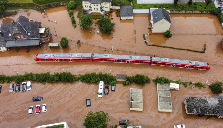 Inundaciones en Europa: más de 90 muertos, sigue la búsqueda