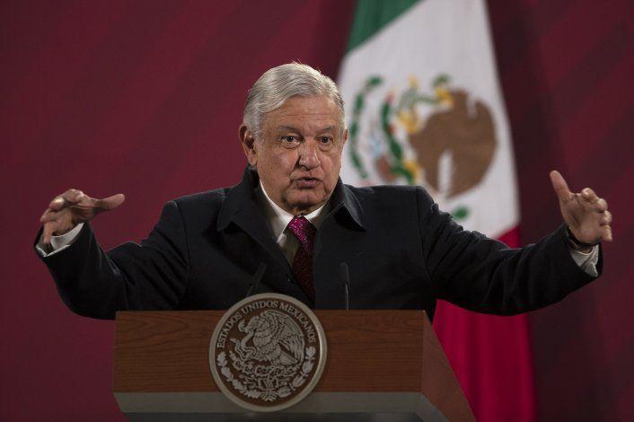 López Obrador da positivo a COVID-19, tiene síntomas leves