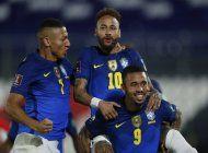 brasil busca un goleador en la copa america