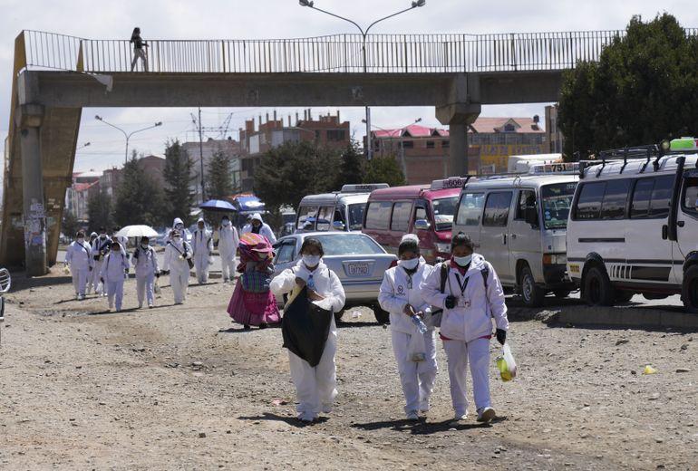Evangélicos complican la vacunación contra COVID en Bolivia