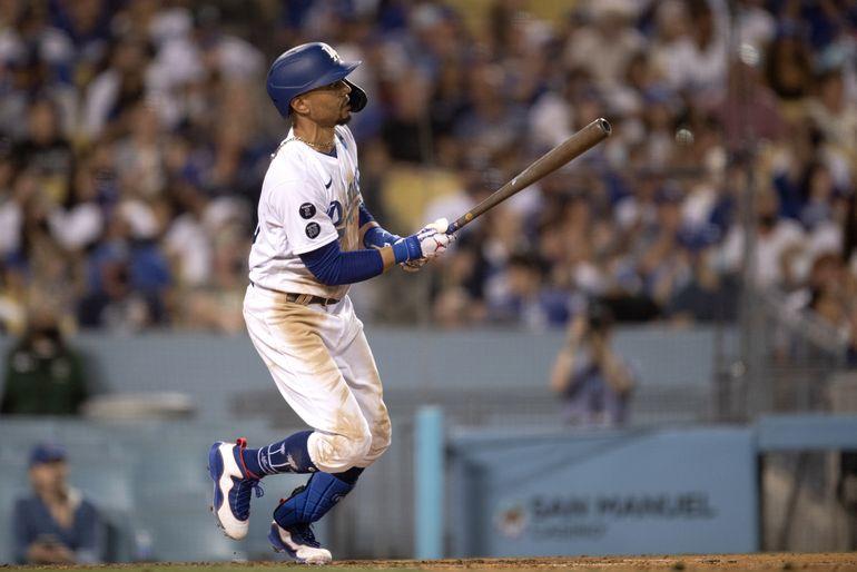Betts pega jonrón y produce 4; Dodgers superan a Padres