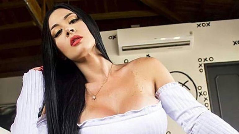 Diosa Canales se convirtió en la mecánica MÁS SEXY