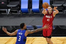 rockets superan al magic y frenan racha de cinco derrotas