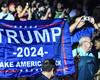 VIDEO: Espectadores ovacionan a Donald Trump, comentarista de la pelea entre Evander Holyfield y Vitor Belfort