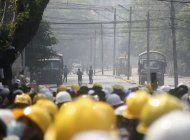 myanmar: manifestantes vuelven a la calle, sigue represion