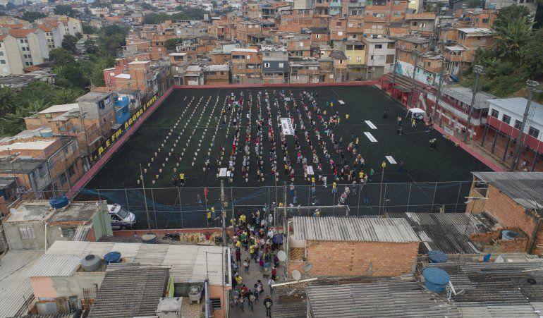 Pandemia golpea fuerte a Brasil, especialmente los pobres