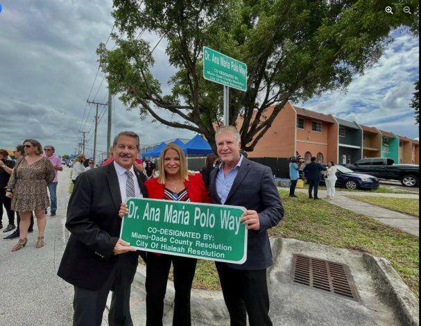 Hialeah nombra calle en honor a la doctora Ana María Polo