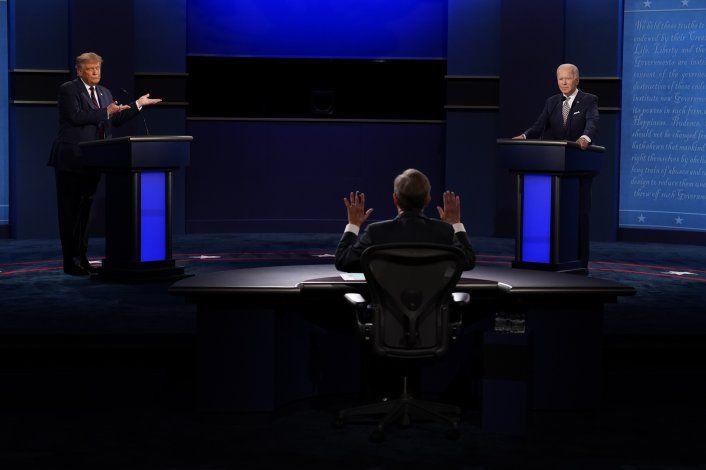 El primer debate presidencial estuvo marcado por interrupciones e insultos entre ambos candidatos.