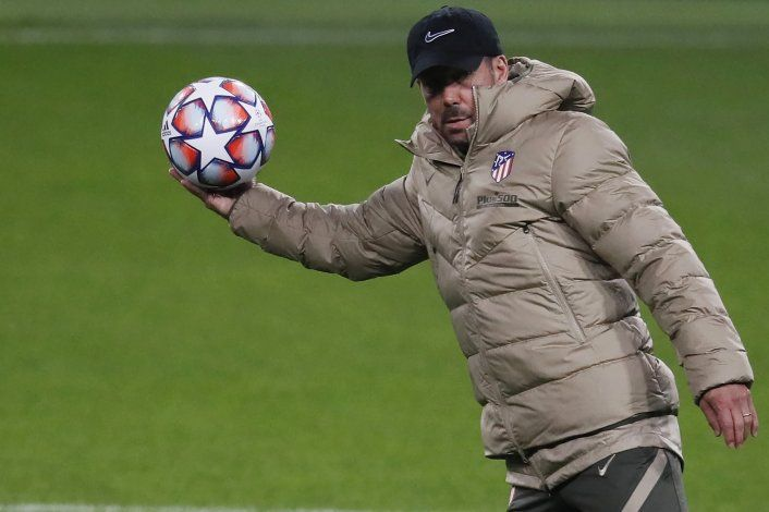 El Atleti busca sepultar esperanzas del Madrid en derbi