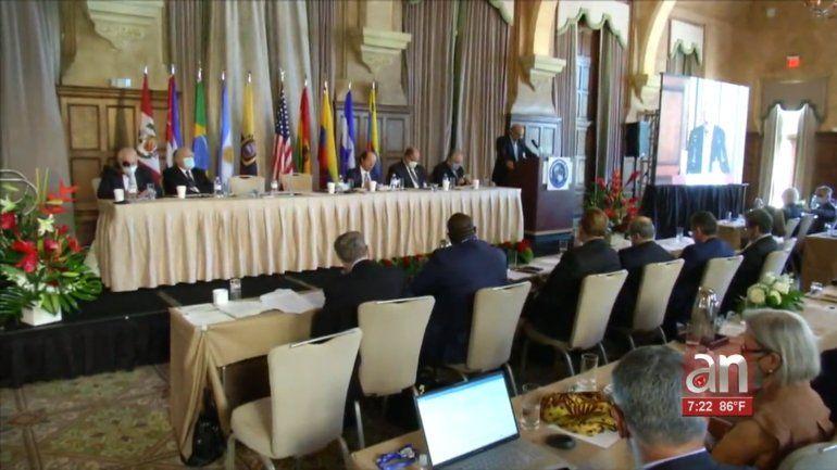 Ex presidentes y otros líderes políticos de la región participaron en el foro interamericano por la democracia, celebrado en el hotel Biltmore, en Coral Gables