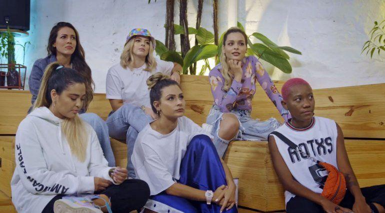 """Nueve chicas buscan brillar en género urbano en """"Latin Flow"""""""