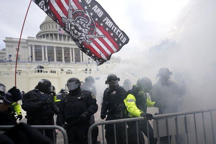 Reporte recoge fallos de seguridad en ataque al Capitolio