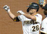 piratas canjean a frazier a padres por tres de ligas menores