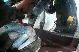 el policia que mato a un afroamericano en mineapolis confundio su pistola y su taser