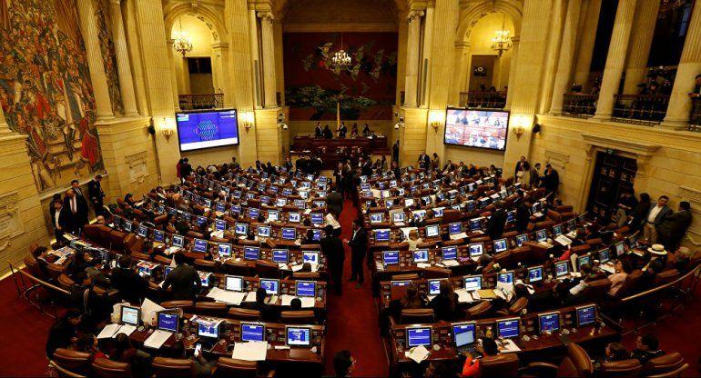 La Cámara de Diputados de Colombia tumba la moción de censura contra el ministro Holmes Trujillo