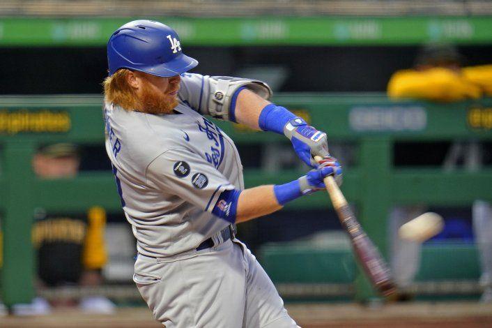 Dodgers ganan a Piratas con 2 jonrones de Turner