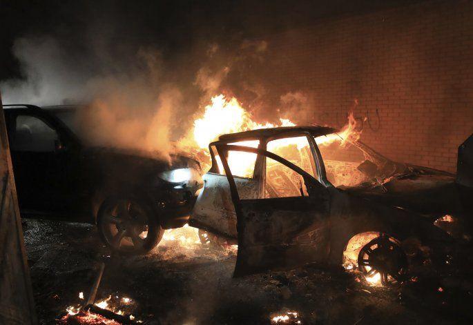 Líderes norirlandesas piden calma tras nuevos disturbios