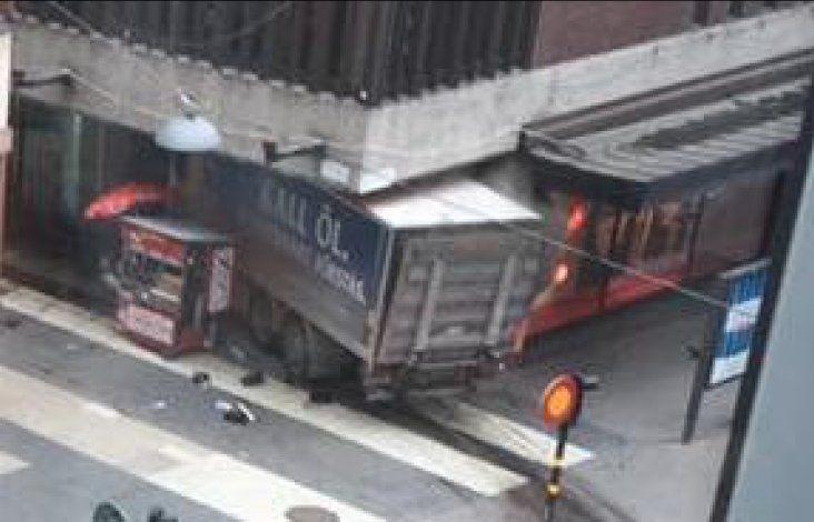 Al menos tres muertos en un atropello por camión en zona peatonal Estocolmo