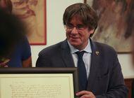 el expresidente catalan pasea por cerdena tras su liberacion